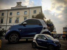 Eccolaaa!!! La smartona è arrivata a #Pescara per il tour abruzzese #smartFORfun ! Vieni a trovarci dal 6 al 8 novembre in Piazza della Repubblica. Potrai provare anche le nuove #smartfortwo e #smartforfour con cambio automatico #twinamic!