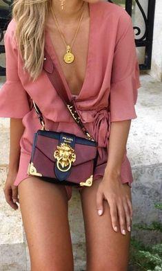 Purses And Handbags Michael Kors Popular Handbags, Cute Handbags, Cheap Handbags, Cheap Bags, Prada Handbags, Fashion Handbags, Purses And Handbags, Cheap Purses, Wholesale Handbags