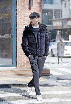 Zara - pictures - hyeong seop park 5 ▲ w a r r e n + ▲ men' Korean Fashion Teen, Korean Fashion Street Casual, Mens Fashion Casual Shoes, Korean Fashion Winter, Fall Fashion Outfits, Male Fashion, Men Street, Casual Elegance, Stylish Men