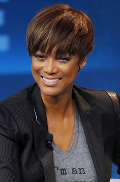 Star cheveux courts Tyra Banks
