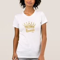 Let them know you're the Cornhole Queen with this cute custom shirt featuring a chic and trendy gold glitter crown. Personalize it with your own phrase and date. Feel free to contact me if you need help or a custom order.