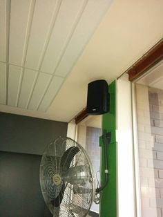 Macktronix Albury Wodonga delivered a Group Fitness Audio Visual solution to Health Culture in Corowa! Needless to say the guys were stoked! We supplied and installed an Aero-Mic Wireless microphone setup, MK Audio Sub-woofer, Australian Monitor Mixer/Amp, and TXG-50 Speakers!