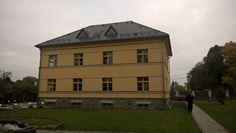 Strašice ve městě Czech Republic Samos, Czech Republic, Mansions, House Styles, Home, Manor Houses, Villas, Ad Home, Mansion