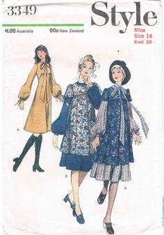 Vintage Pattern: Style 3349. Great styling!