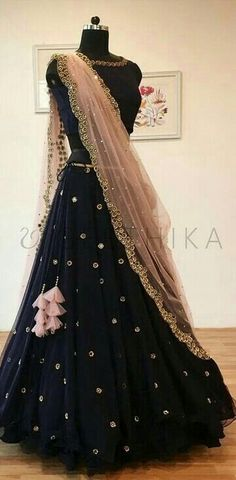 indian lehengas Elegant Indian salwar Click VISIT link above to see Indian Attire, Indian Ethnic Wear, Indian Wedding Outfits, Indian Outfits, Indian Clothes, Indian Weddings, Saris, Indian Lehenga, Lehenga Choli