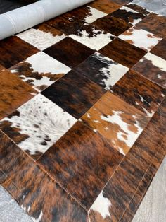 Cow Rug, Cow Hide Rug, Cowhide Rug Decor, Leopard Rug, African Interior Design, Rug Texture, Patchwork Rugs, Modern Rugs