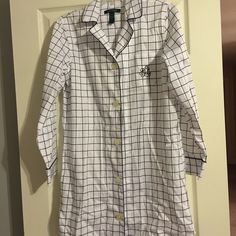 "Women's Ralph Lauren Night Shirt Worn one time only so like new excellent condition.  Nightshirt is long and comes down to my knees, I'm 5'4"".  Very Nice!! Ralph Lauren Intimates & Sleepwear Pajamas"