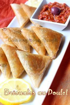 Briouates spécial ramadan au poulet Good Food, Yummy Food, Tasty, Plats Ramadan, Morrocan Food, Turnover Recipes, Mini Burgers, Ramadan Recipes, Iftar