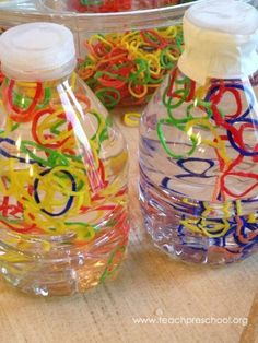 Loom Band Discovery Bottles by Teach Preschool