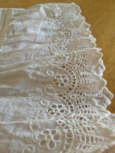The Laced Angel - Needless to say, another historical sewing blog