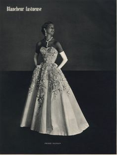 ideas for vintage fashion photography glamour gowns Vestidos Vintage, Vintage Gowns, Vintage Outfits, Vintage Clothing, Vintage Dior, Dress Vintage, Vintage Ads, Glamour Vintage, Vintage Beauty