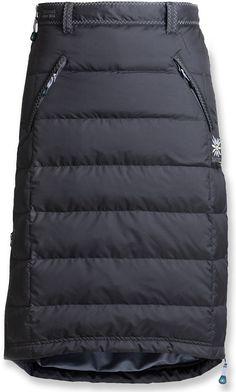 Skhoop of Scandinavia The original insulated skirt. Modest Outfits, Modest Fashion, Skirt Fashion, Fashion Outfits, Womens Fashion, Moda Chic, Smart Outfit, Skirt Tutorial, Winter Skirt