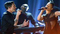 Maroon 5 Daylight Ft Alicia Keys Girl On Fire Live Performance 1080p HD ...