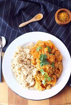 Curry de butternut, pois chiches et quinoa