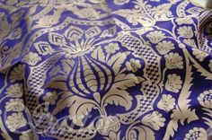 Silk Damask, a reconstruction of the typical motive of Italian 15th century patterns - no stock, can be woven on demand 100% silk