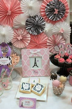 PRINTABLE PARTY COLLECTION -- Fancy Nancy / Parisian Party Collection -- Mirabelle Creations. $24.00, via Etsy.