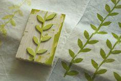 Carimbo de folhas - block print