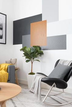 Wall Painting Living Room, Accent Walls In Living Room, Living Room Colors, Home Living Room, Living Room Decor, Wall Painting Design, Bedroom Wall Paint Colors, Bedroom Wall Designs, Room Design Bedroom