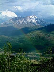Picture of Mount St. Helens in Washington State...been here, but it was cloudy so we couldn't see anything.