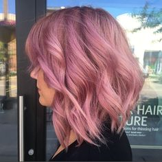 The perfect pink hair color blends shades of lavender, rose and gold. So flattering and romantic. Image by Aveda stylist Mariah Barnum. Formula in comments.