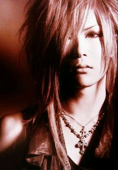 Pretty Uruha! (the GazettE) I swear, every time I see Uruha, I always say 'aw! Look at pretty Uruha!'. Lol! He is though, literally the prettiest out of the band.