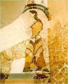 Fresco con damas en casa de las mujeres.Akrotiri (isla Thera).Edad del Bronce.  Las mujeres, además de las sacerdotisas, usan una túnica de color o una falda con alguna cenefa pintada y una blusa con mangas hasta el codo o un vestido con mangas cortas, estando la parte superior completamente cerrada. El tejido de la ropa está hecha con una tela decorada a menudo con rayas.
