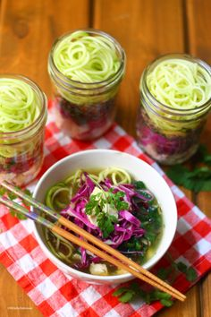 "mason jar ""instant"" ramen zoodles //  to try, with modifications. {autoimmune protocol friendly}"