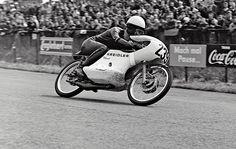 PHOTOS de COURSES 1950 / 1960 – Le Blog de François Fernandez Manx, Bugatti, Peugeot, Honda, Bmw, Road Racing, Courses, Motorcycle, Vehicles