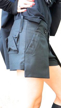 NUEVOS cortos únicos elegante Sexy / negro pantalones por Aakasha