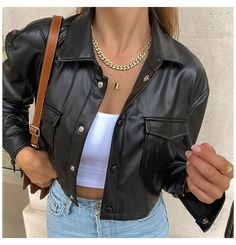 Looks Chic, Looks Style, Look Fashion, Fashion Outfits, Blazer Fashion, Jugend Mode Outfits, Leather Jacket Outfits, Cropped Leather Jacket, Pu Leather
