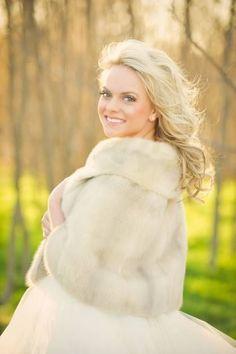Winter Wedding Fur, Winter Wedding Bridesmaids, Winter Bride, Winter Wonderland Wedding, Christmas Wedding, Fall Wedding, Rustic Wedding, Vintage Fur, Vintage Bridal