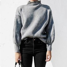 Oversized grey jumper, black skinnies outfit