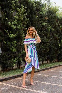 41+ Looks con Rayas para lograr un Estilo Envidiable (2019) Fashion 2018, Fashion Models, Spring Fashion, Fashion Outfits, Race Wear, Summer Outfits, Cute Outfits, Modelos Fashion, Casual Looks