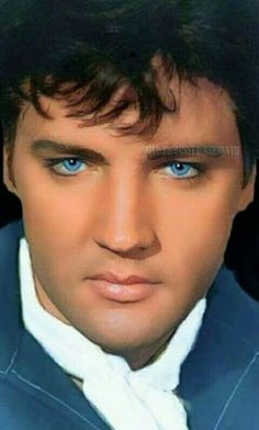 A manip of Elvis Priscilla Presley, Lisa Marie Presley, King Elvis Presley, Elvis Presley Family, Mississippi, Elvis Presley Pictures, Young Elvis, Z Cam, Actrices Hollywood