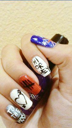 5 Seconds of Summer nail art done by Jillian Ochoa Coffin Nails, Acrylic Nails, White Summer Nails, Band Nails, 5sos Nails, Olive Nails, 5 Seconds Of Summer, Nail Designs, Floral Prints