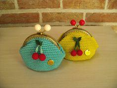 http://www.aliexpress.com/store/1687168 Gehaakte portemonnees met kersen in fijn haakwerk