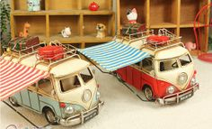 Vintage Tootsie Cadillac Bus Model for Home Collection * Retro ornaments * Large RV campers T1 Bus, Volkswagen Bus, Vw T1, Vintage Travel Trailers, Vintage Campers, Vw Hippie Van, Rv Campers, Camper Van, Vw Accessories