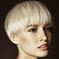 Nuovi tagli capelli corti chic donna 2012 - Paperblog