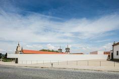 http://divisare.com/projects/318376-eduardo-souto-de-moura-alvaro-siza-joao-morgado-abade-pedrosa-museum?utm_content=bufferb711d