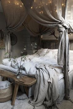 20 Inspiration With Curtain Country Bedroom shabby chic decor, b. 20 Inspiration With Curtain Country Bedroom shabby chic decor, bedroom country, vin Room Ideas Bedroom, Home Decor Bedroom, Modern Bedroom, Contemporary Bedroom, Bedroom Designs, Bedroom Romantic, Bedroom Country, Large Bedroom, Diy Bedroom