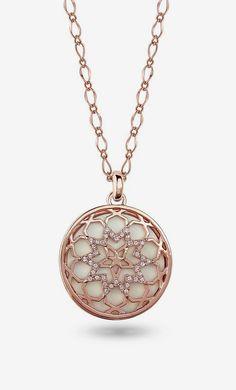 Amabel Designs Rose Gold Round Star Pendant Necklace