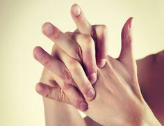 #Crujir o #Chasquear los #Dedos provoca #Problemas en las #Articulaciones, más en #TNxDE - http://a.tunx.co/f5LSo