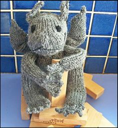 Amazing knitted gargoyle pattern from the Allie Beckstrom novels created by Devon Monk. Create your own scary gargoyle, perfect for Halloween with this intermediate scary toy knit pattern. Find the free pattern here: link More Patterns Like This! Animal Knitting Patterns, Knit Patterns, Knit Or Crochet, Crochet Toys, Knitting Projects, Crochet Projects, Knitting Ideas, Sewing Projects, Devon