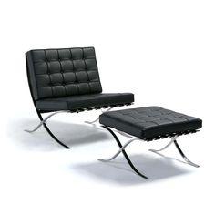 Barcelona - Ícone do movimento moderno, a cadeira Barcelona foi desenhada por Mies Van der Rohe e Lilly Reich em 1929. Até hoje é uma das cadeiras mais respeitadas entre os designers de produto