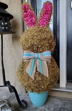 Easter is just around the corner and coming fast and we're starting our Dollar Tree Easter crafts. So I've got a fun Dollar Tree DIY Easter Bunny Topiary tha. Dollar Tree Decor, Dollar Tree Crafts, Holiday Centerpieces, Diy Easter Decorations, Easter Tree, Easter Wreaths, Bunny Crafts, Easter Crafts, Hoppy Easter