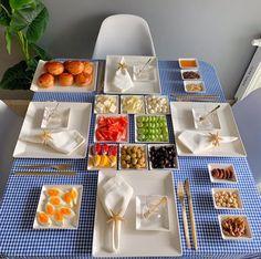 Breakfast Presentation, Food Presentation, Cafe Food, Food Menu, Breakfast Soup, Food Art For Kids, Snap Food, Food Garnishes, Food Decoration