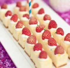 Mini cheese cake bites, perfect for parties!