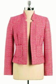 The jacket with the sleeve 3 / (Euro) . Work Jackets, Cute Jackets, Boucle Jacket, Tweed Jacket, Blazer Jacket, Chanel Jacket Trims, Blazer Fashion, Fashion Outfits, Jw Mode