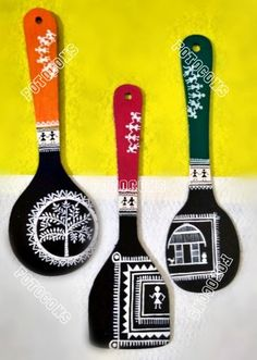 Handcrafted Spoon set of with beautiful art work . Worli Painting, Bottle Painting, Ganesha Painting, Painted Spoons, Hand Painted, Wooden Spoon Crafts, Wooden Spoons, Kitchen Art, Kitchen Canvas Art
