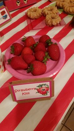 Strawberry Kiss Melonie Pips Kins Cookies Paint Party